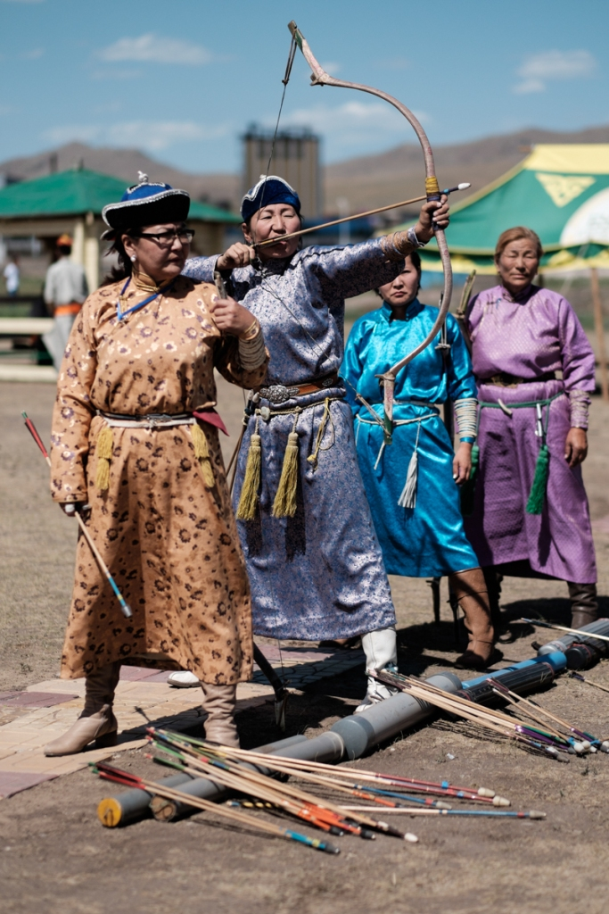Mongolia-Naadam-Archers1