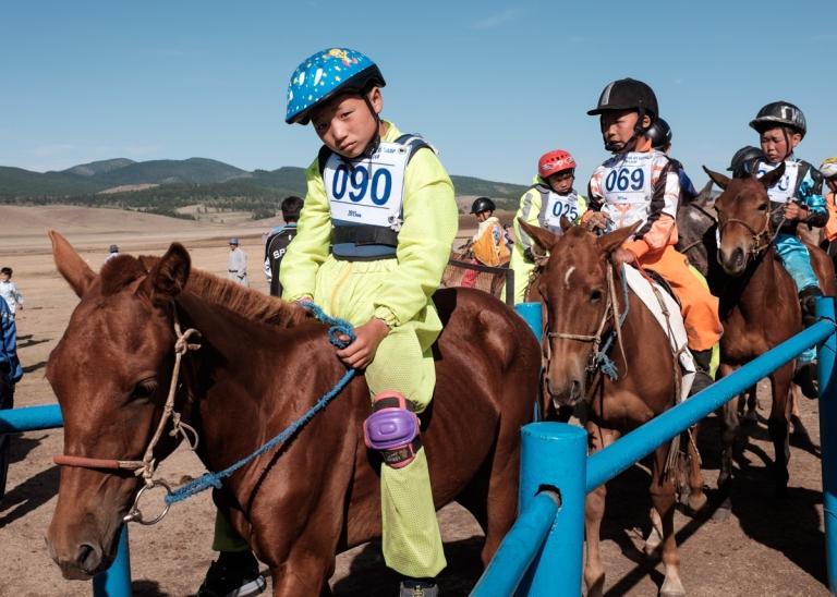Mongolia-Naadam-Horse-Race4
