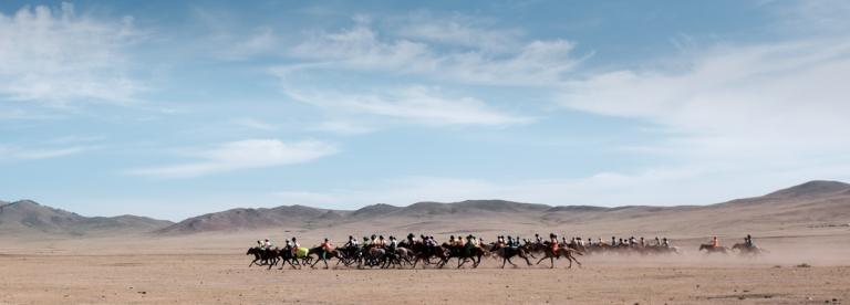 Mongolia-Naadam-Horse-Race7