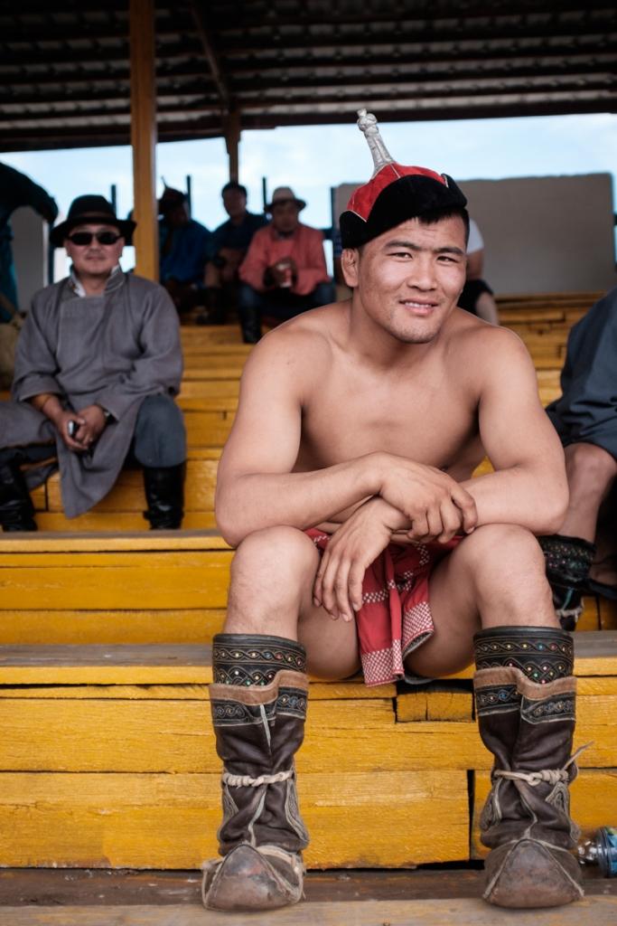 Mongolia-Naadam_Wrestlers7