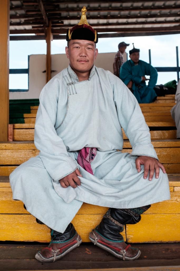 Mongolia-Naadam_Wrestlers8